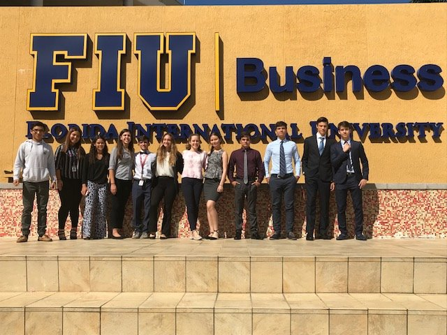 Coral Gables HS Finance Students Become Bloomberg Certified